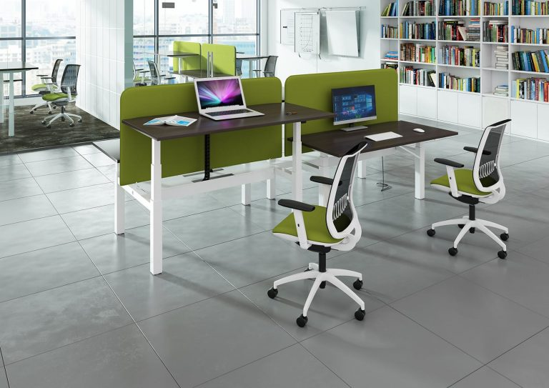 Choosing the right office desk - Office Furniture 2 Go