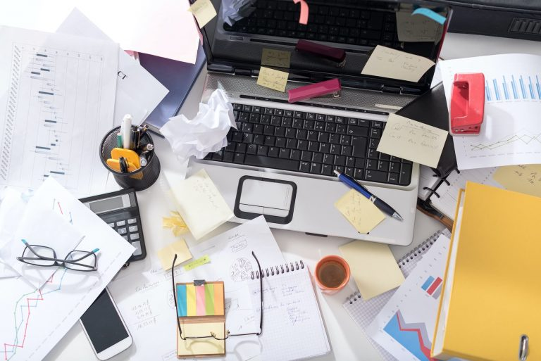 What does your desk say about you? - Office Furniture 2 Go