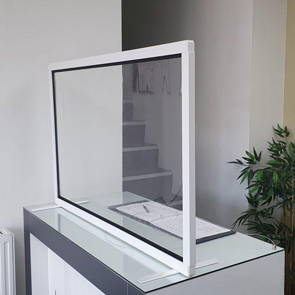 Clear polyvinyl desk screen